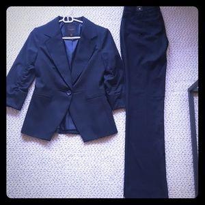 Beautiful never been worn navy blue suit